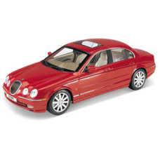 Кола Jaguar S-type, червена